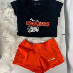Vintage Hooters outfit Halloween costume
